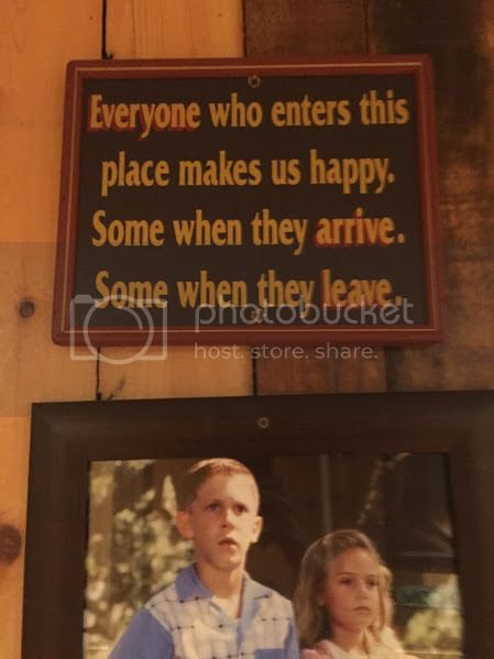 signs at bubba gump