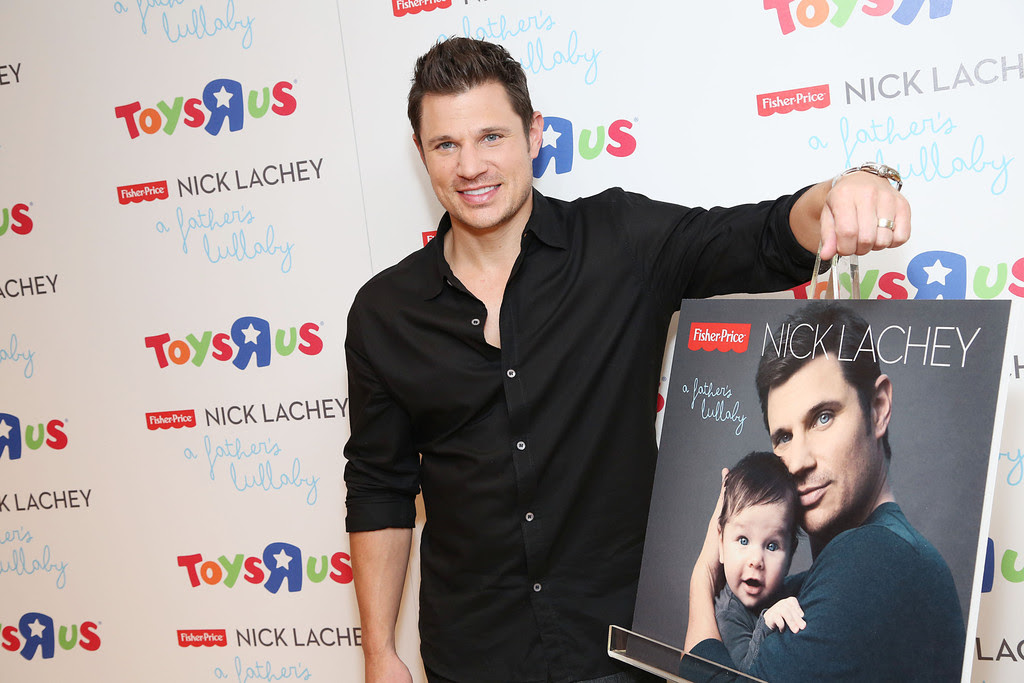 "Nick Lachey - Nick Lachey Poses at a Toys""R""Us Event"