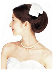 花嫁 ヘアスタイル クラシカル - ボンネでクラシカルな美人花嫁に すっきりアップに大きめボンネ