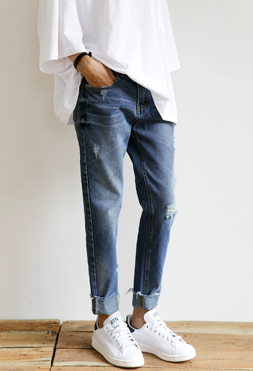 Le Fashion Blog Casual Cool Weekend Style Oversized White Shirt Cuffed Raw Hem Jeans White Sneakers Via Death By Elocution