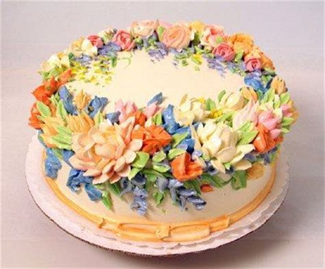 17 Best ideas about Cream Flowers on Pinterest   White