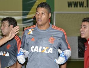 Goleiro rubro-negro salvou no shoot-out (Foto:  Davi Pereira/Champions Comunicação)