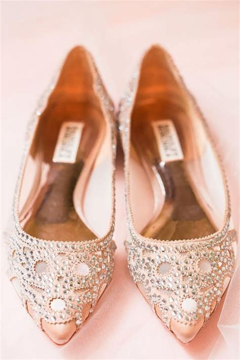 25  best ideas about Comfortable wedding shoes on
