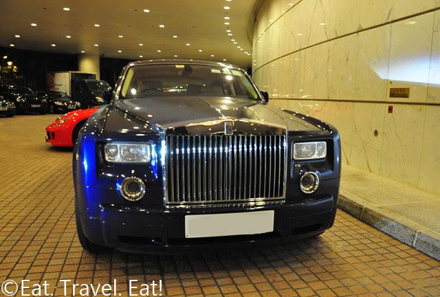 Island Shangri-La Rolls Royce Stretched Phantom Limo