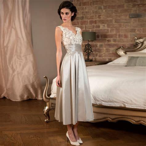 Elegant Tea Length Silver Lace Satin Bridesmaid Dresses