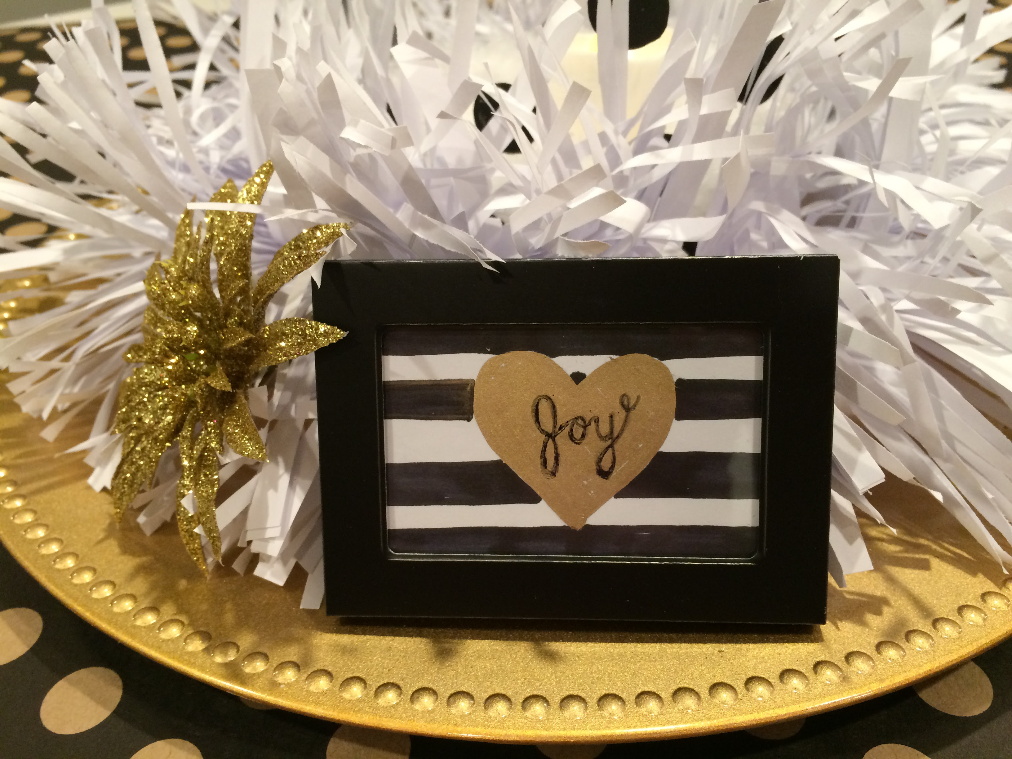 Christmas Table Centerpiece Black Gold And White Craft Remedy