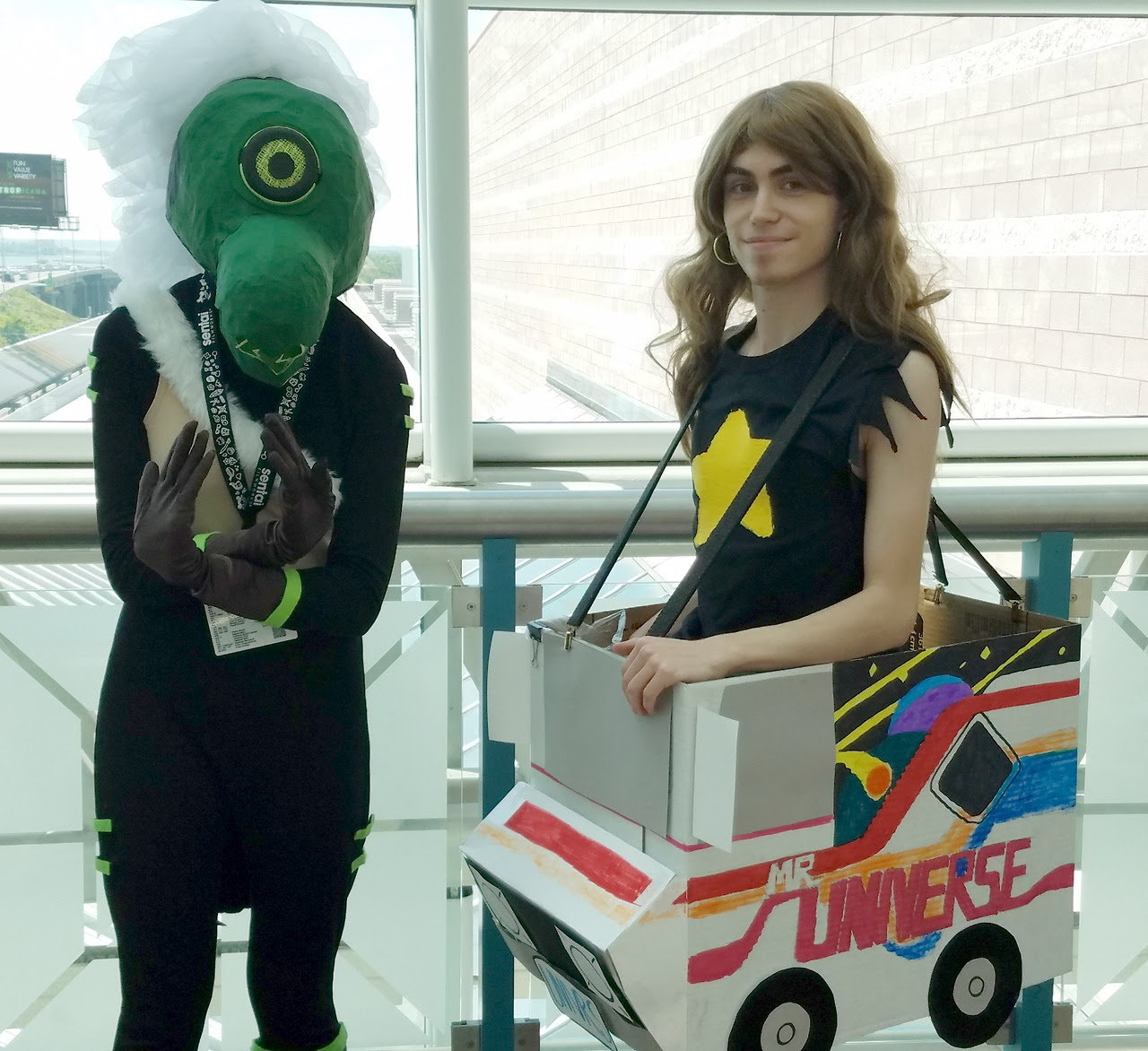 A whole buncha cosplay photos from AnimeNEXT 2017! I was the Greg Universe with the van! Other Greg: @echo-five-whiskey Peridot: @thewhiskey-theliar-thethief Blue Diamond: @grandpa-joseph Pearl (6th...