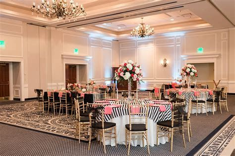 Williamsburg Inn Wedding