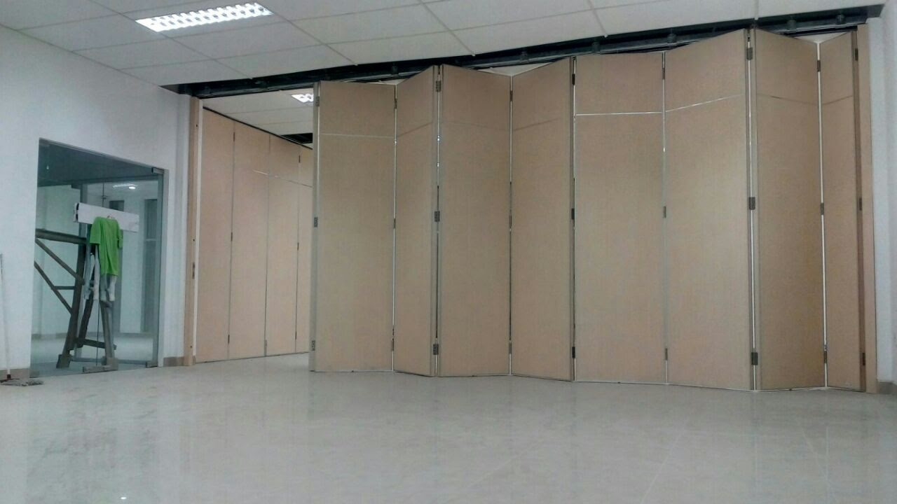 pintu lipat tipesamowa Pintu Partisi Penyekat Ruangan