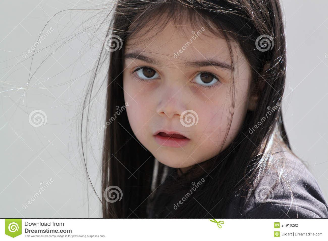 Cute Sad Baby Girl Wallpaper With Quotes Best Hd Wallpaper