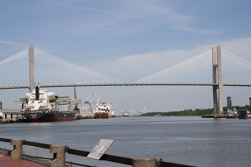 Eugene Talmadge Memorial Bridge, Savannah River