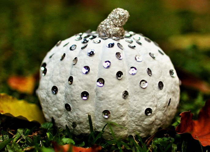 Sequin Studded Pumpkin from Agus Yornet  |  25 Creative DIY Pumpkins at www.andersonandgrant.com