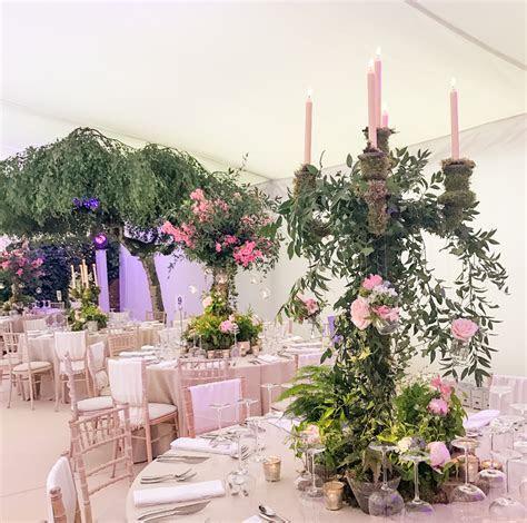 A Midsummer Night's Dream Wedding   Mary Jane Vaughan