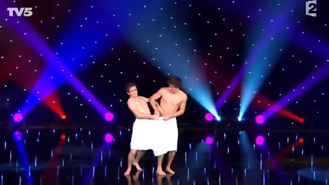 Naked Towel Dance Pictures Exposed (#1 Uncensored)