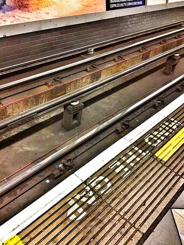 Mind the Gap by shell_uk