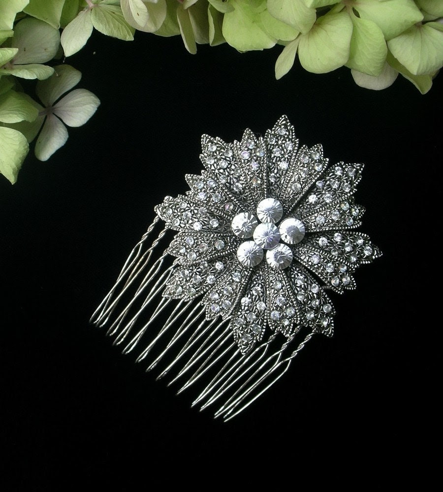 Vintage Flower Haircomb