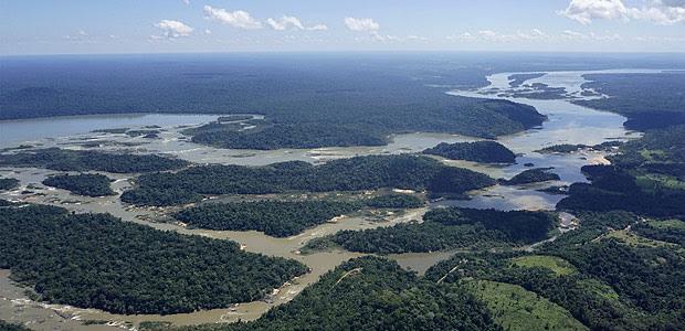 Foto aérea do local para onde está projetada a hidrelétrica de São Luiz do Tapajós, no Pará