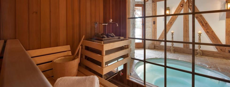 luxury-ski-chalets-switzerland-verbier-lutins-7-sauna-tub