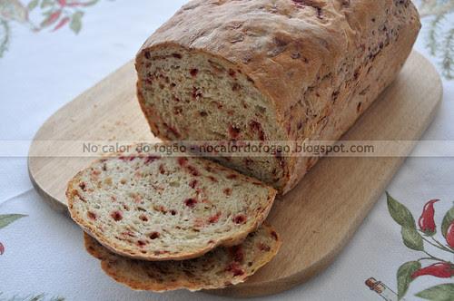 Pão com beterraba crua