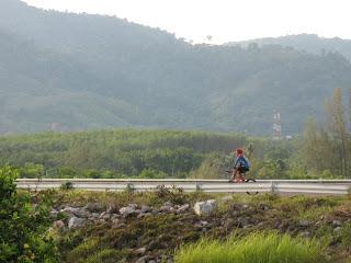 Cyclist at Bang Wad Dam