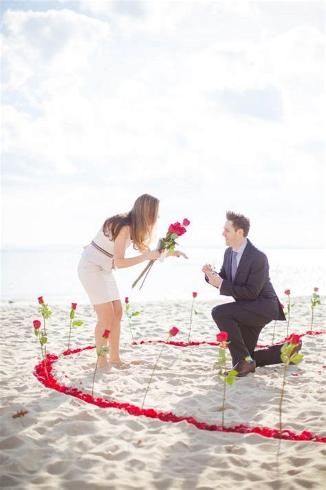 Best 25  Beach proposal ideas on Pinterest   Wedding night