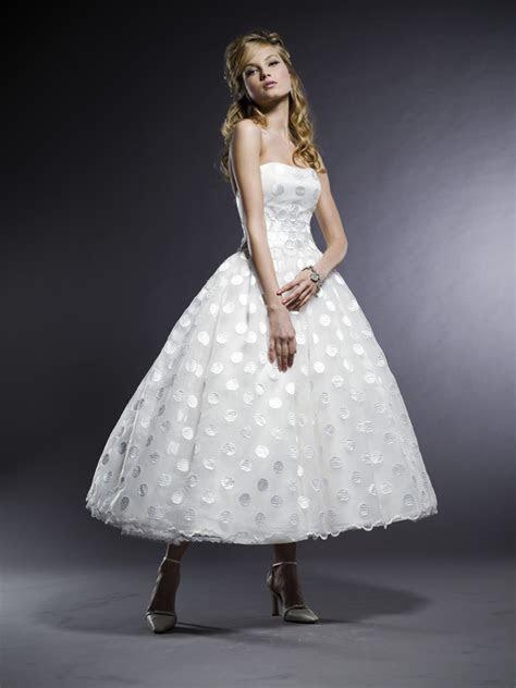Gorgeous Michelle Roth strapless tea length wedding dress