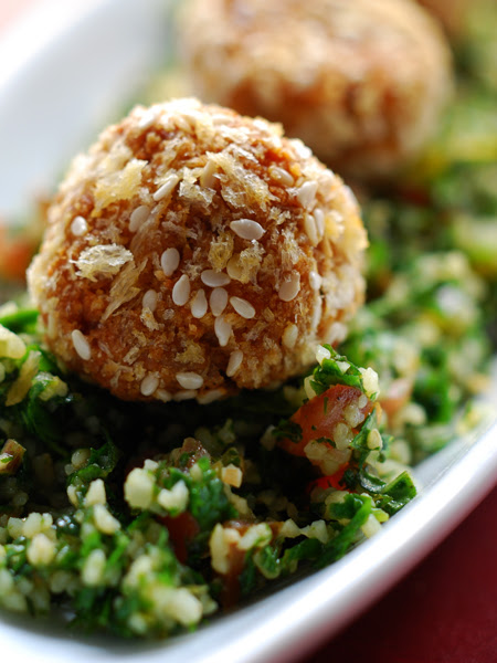 Tabbouleh with falafel© by Haalo