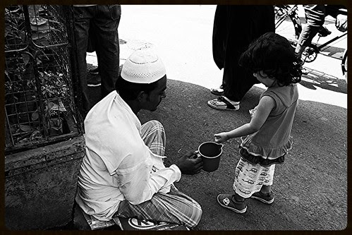The Art Of Giving... by firoze shakir photographerno1