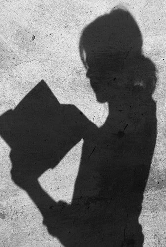 reading... | czytając..