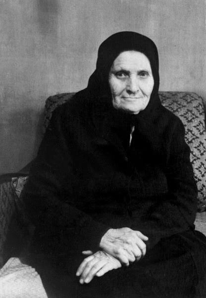 Мать Сергея Есенина - Татьяна Федоровна Титова матери, такие разные
