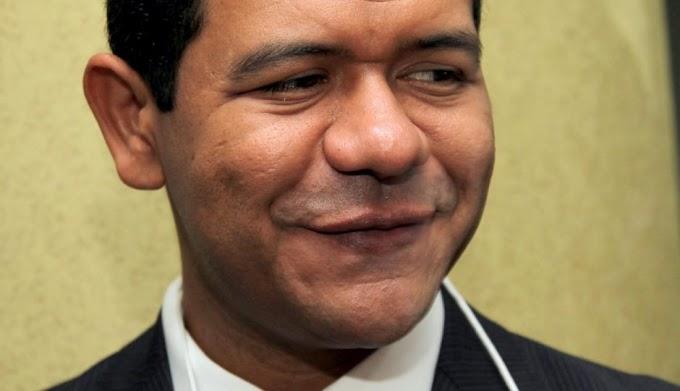 """""""BOMBA"""": Luciano Leitoa é investigado por contrato suspeito de R$ 5,2 milhões"""