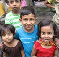 Photo: Three children.