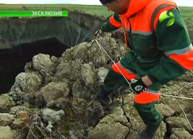 New video of mysterious giant Siberian hole filmed by investigation team