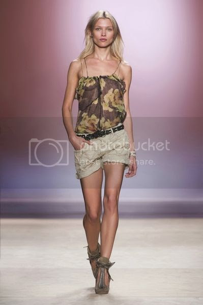 photo isabelmarant-ss14runway-22.jpg