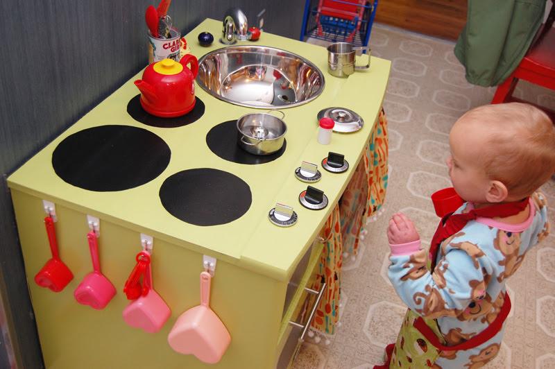 Play Kitchen_11