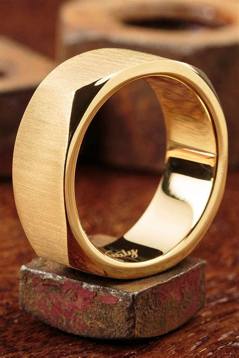 1000  ideas about Rings For Men on Pinterest   Platinum