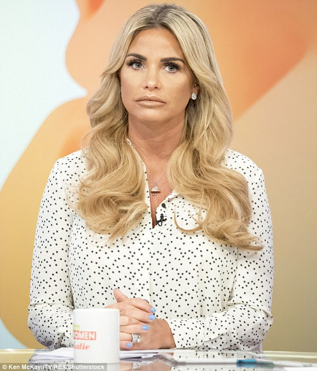 Break: Fans spotted Katie Price sporting a diamond necklace that her former flame Alex Reid gifted her at their 2010 wedding as she dropped the shock news that her marriage was in trouble with hubby Kieran