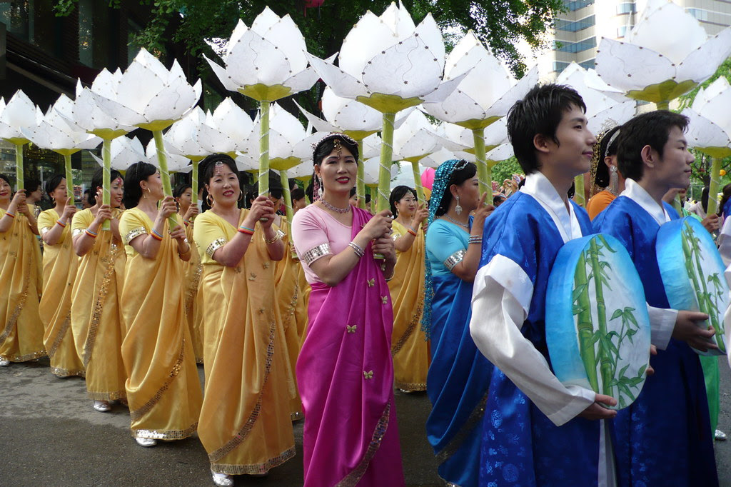 participants in the buddhas birthday parade