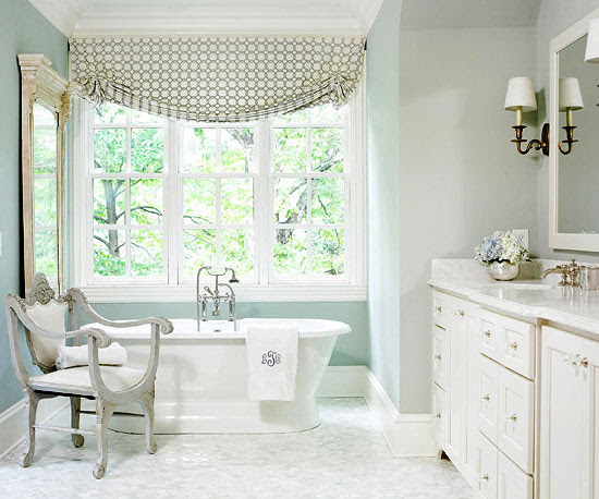 Farrow and Ball Light Blue bathroom