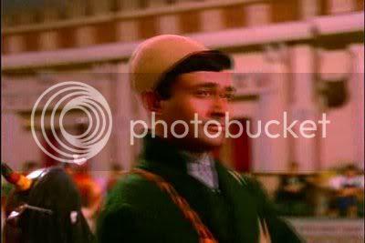 http://i347.photobucket.com/albums/p464/blogspot_images1/Jewel%20Thief/PDVD_029.jpg