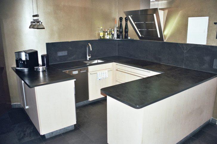 Kücheninsel Theke Küche Mit Breite Tresen Planen Fenster ...