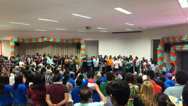 Avante e Júnior Araújo mostram força reunindo caravanas de quinze cidades e políticos influentes em Cajazeiras