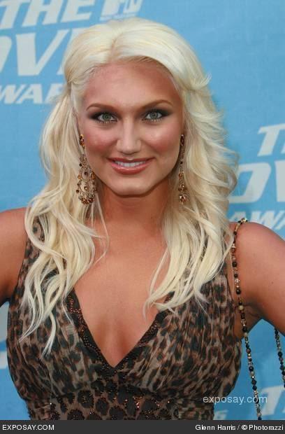http://tremendousnews.com/wp-content/uploads/2009/05/brooke-hogan-2006-mtv-movie-awards-arrivals-rGUfgH.jpg