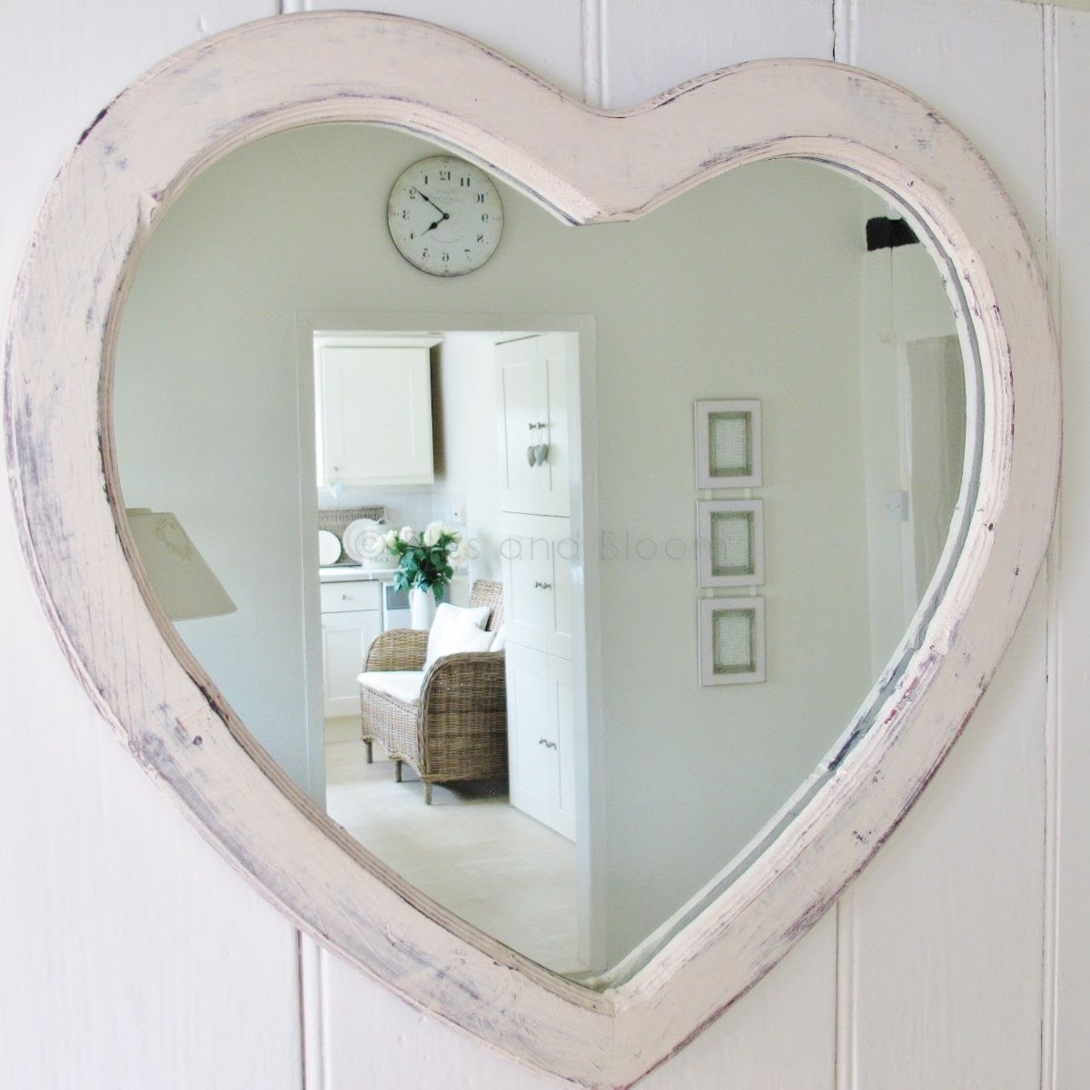 Relatively Large Heart Shaped Wall Mirror Sl89 Roccommunity