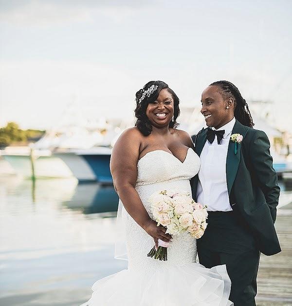Yorktown Beach Wedding Ceremony: Glamorous And Stylish Birthday Wedding