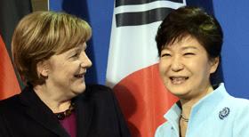 朴대통령 '통일은 대박'… 드레스덴 선언