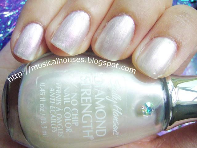 sally hansen platinum 1