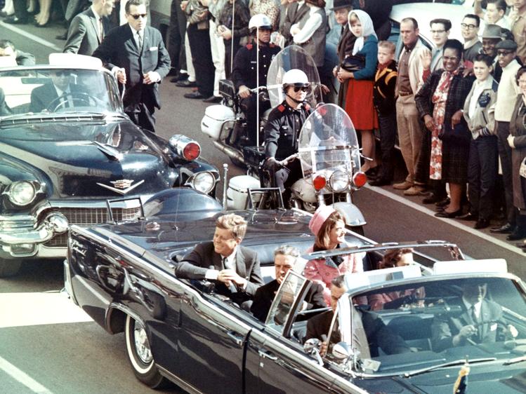 File:JFK limousine.png