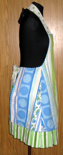 striped apron blue side