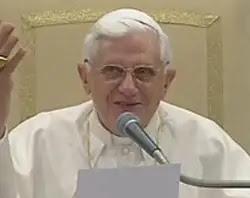 Santo Tomás enseña que la fe en Dios es razonable, afirma el Papa  Benedicto XVI